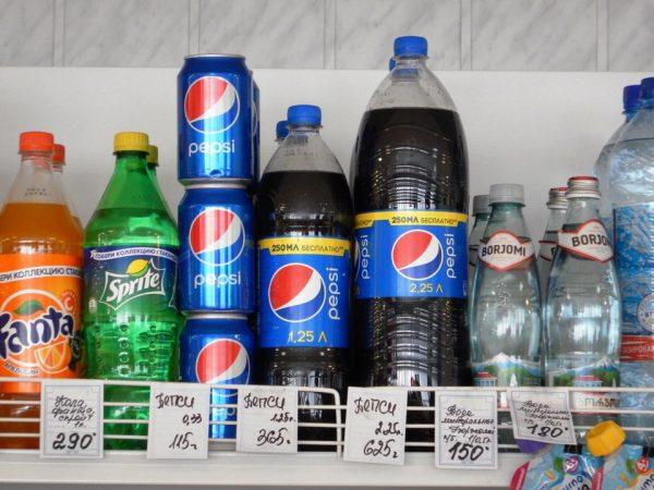 В магазины в Хатанге мы обычно ходим пофотографировать ценники.