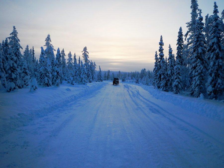 Зимник Салехард — Надым очень красив в хорошую погоду.